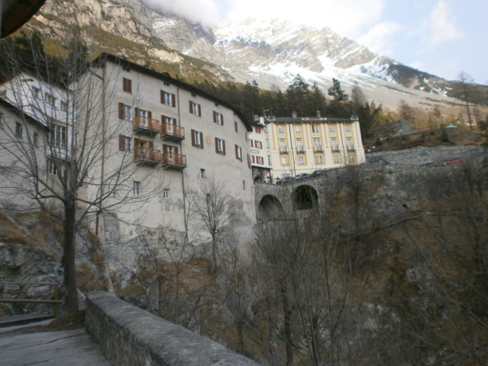 http://www.turismodelbenessere.com/wp-content/uploads/2017/02/242-696x522.jpg