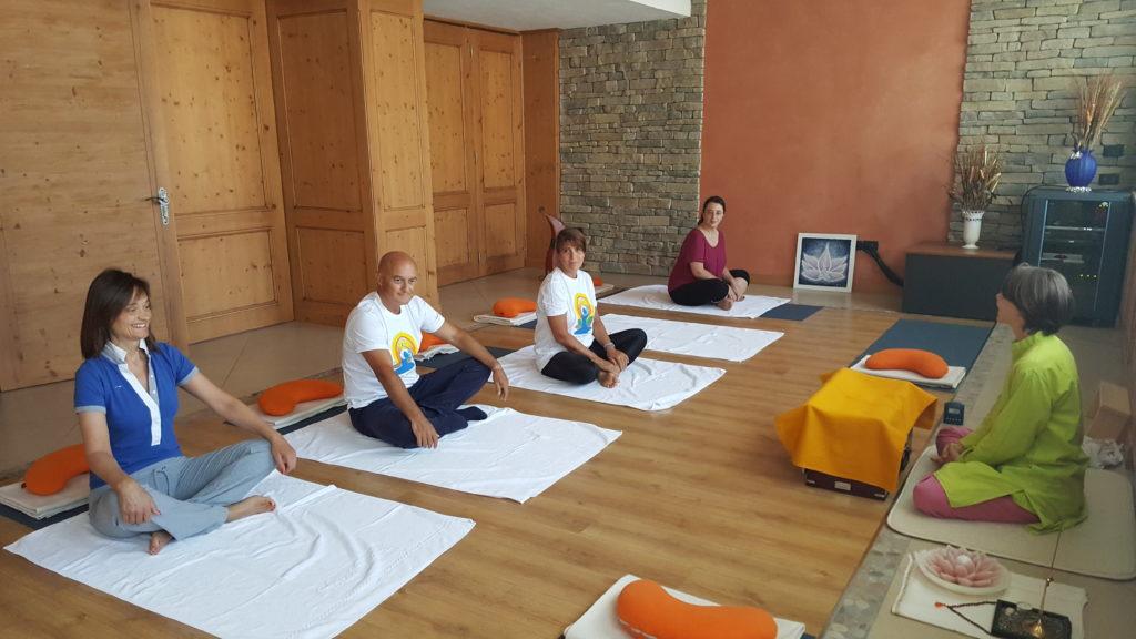 Lezione di Yoga al Tevini Hotel