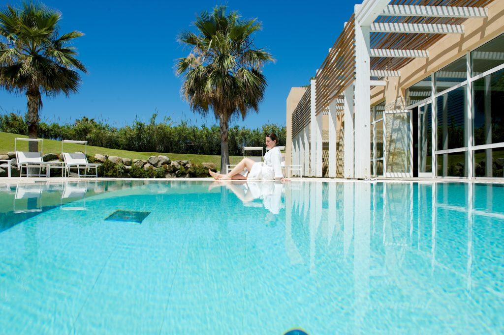 La piscina di Capovaticano Resort Thalasso & Spa