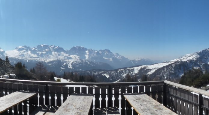 Veduta sulle Dolomiti del Brenta dal Rifugio Orso Bruno